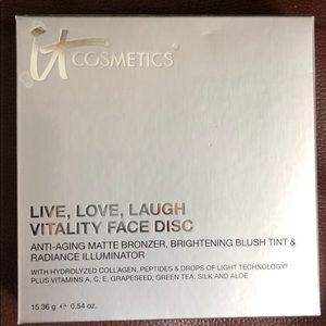 NEW It Cosmetics Vitality Face Disc